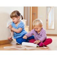 Hướng dẫn trẻ sử dụng điện một cách an toàn